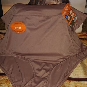 Warners brief nwt